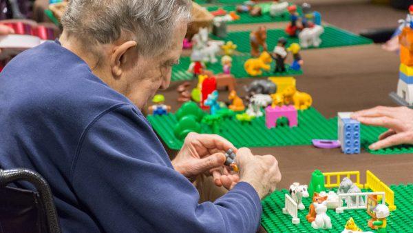 LEGO-Artist_Final_021-1
